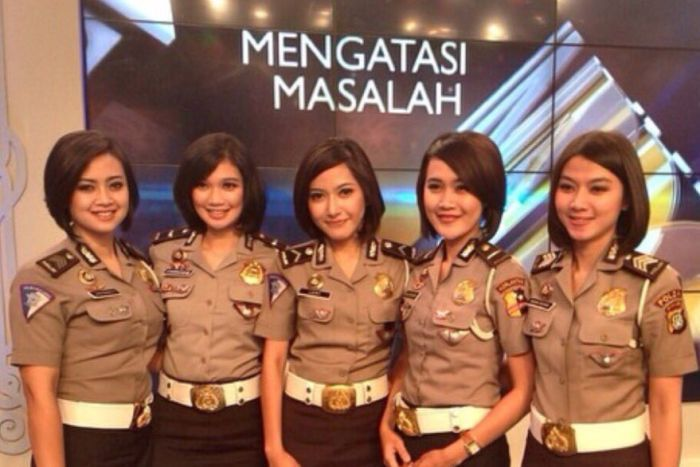 Women Police image