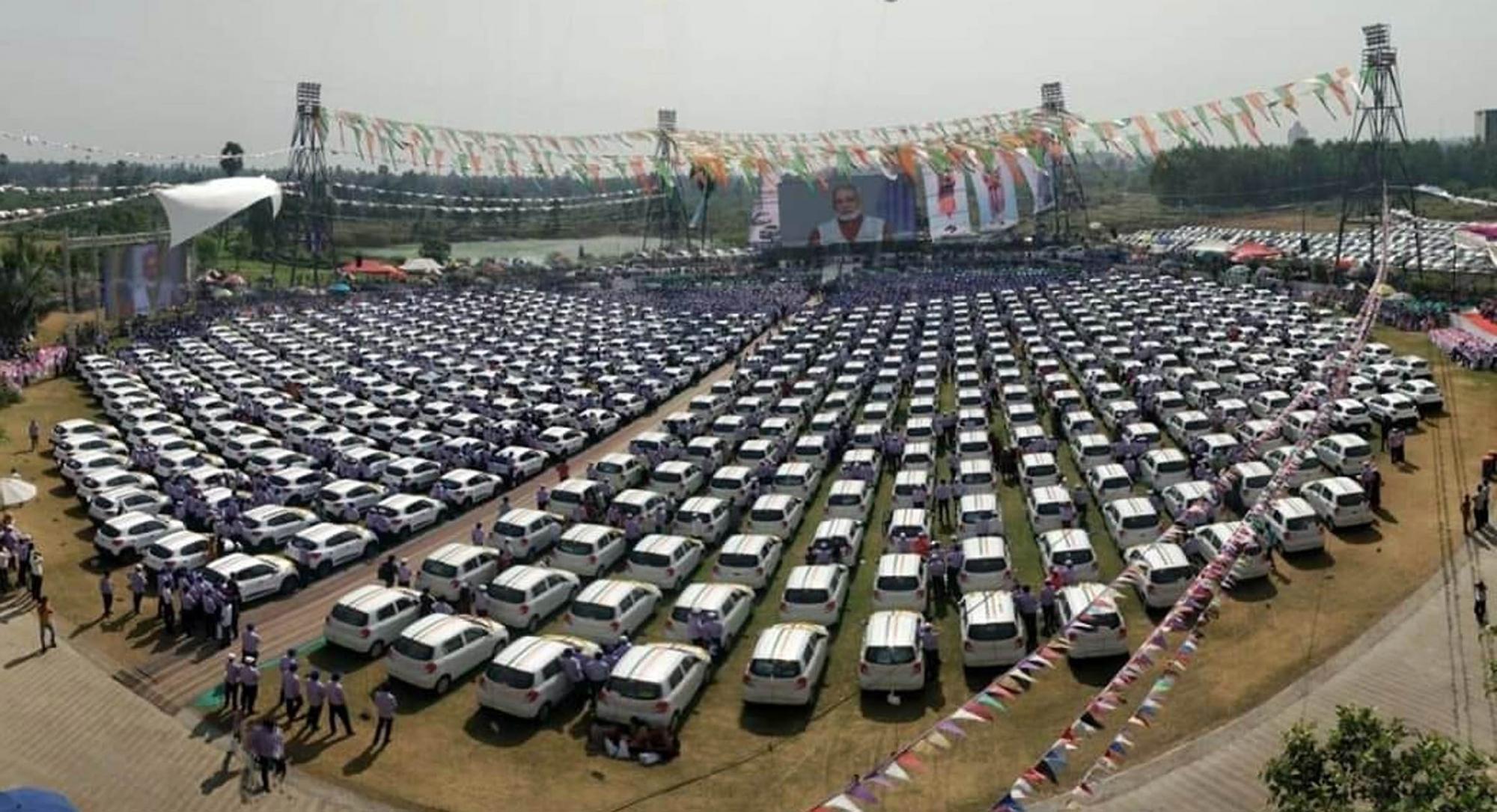 600 cars image