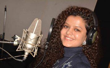 Palak Muchhal Recorded song for movie Jaan Abhi Baki Hai8