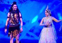 Hema Malini and Sandip Soparrkar in 'Ganga' Musical at Pravasi Bharatiya Divas4